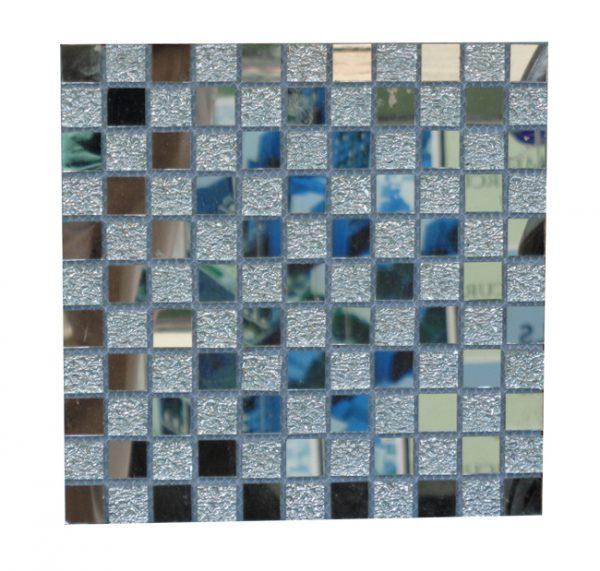 Gach mosaic thuy tinh don mau 23