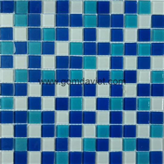 gach mosaic thuy tinh tron mau 29