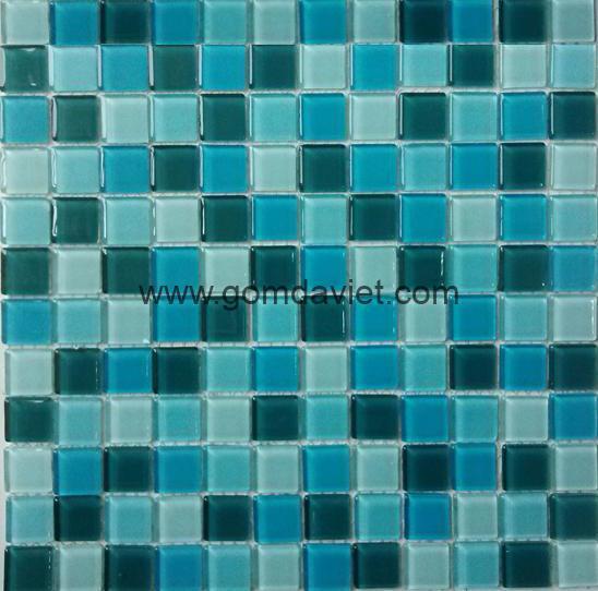 gach mosaic thuy tinh tron mau 30