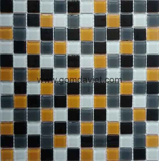 gach mosaic thuy tinh tron mau 50