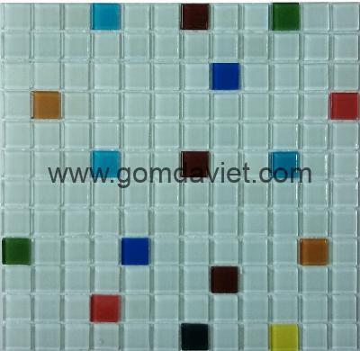 gach mosaic thuy tinh tron mau 60