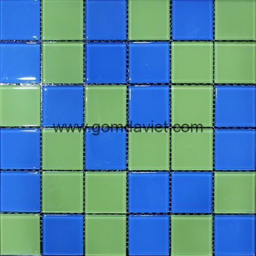 gach mosaic thuy tinh tron mau 9