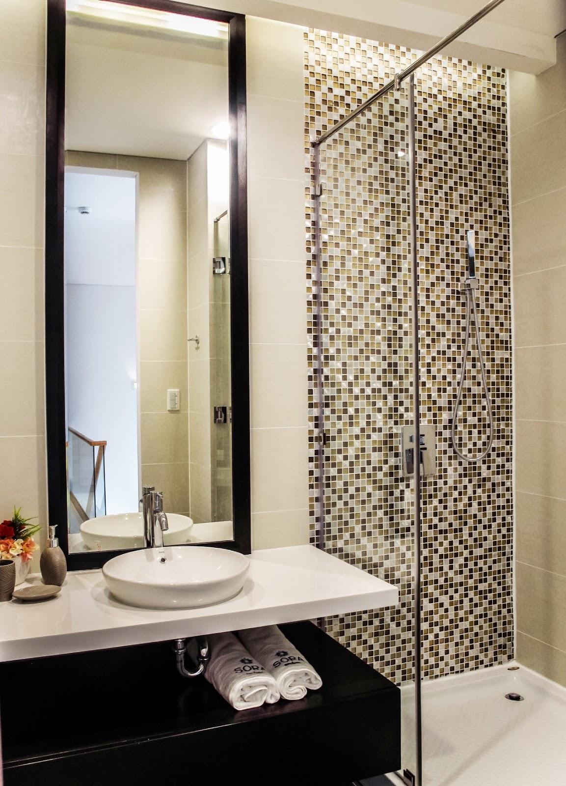Gạch mosaic ốp phòng tắm