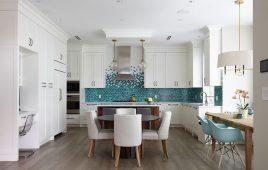 Gạch ốp tường bếp: Kinh nghiệm chọn gạch và 40 kiểu mẫu thiết kế không gian bếp đẹp hiện đại 2020